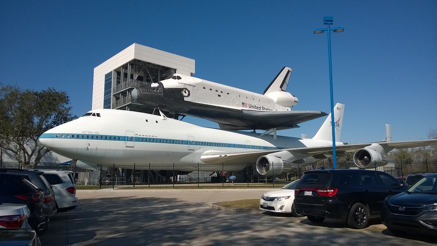 Johnson-Space-Center Houston, Zugang Spaceshuttle Independence